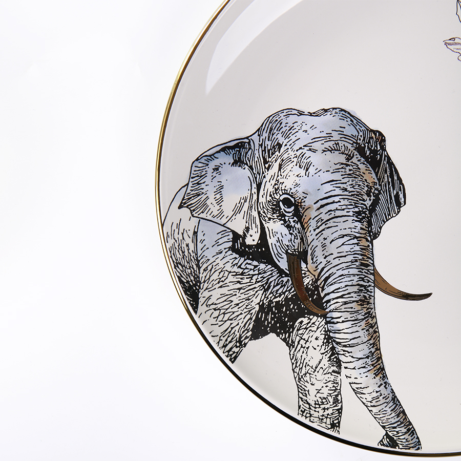 "Тарелка со слоном из набора ""Дикие животные"" 25 см."